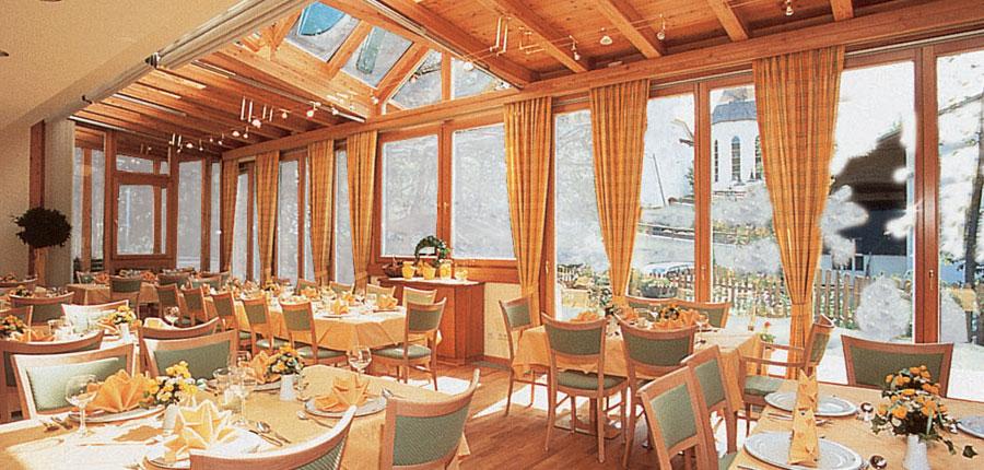 Hotel Hanneshof, Filzmoos, Austria - Restaurant.jpg